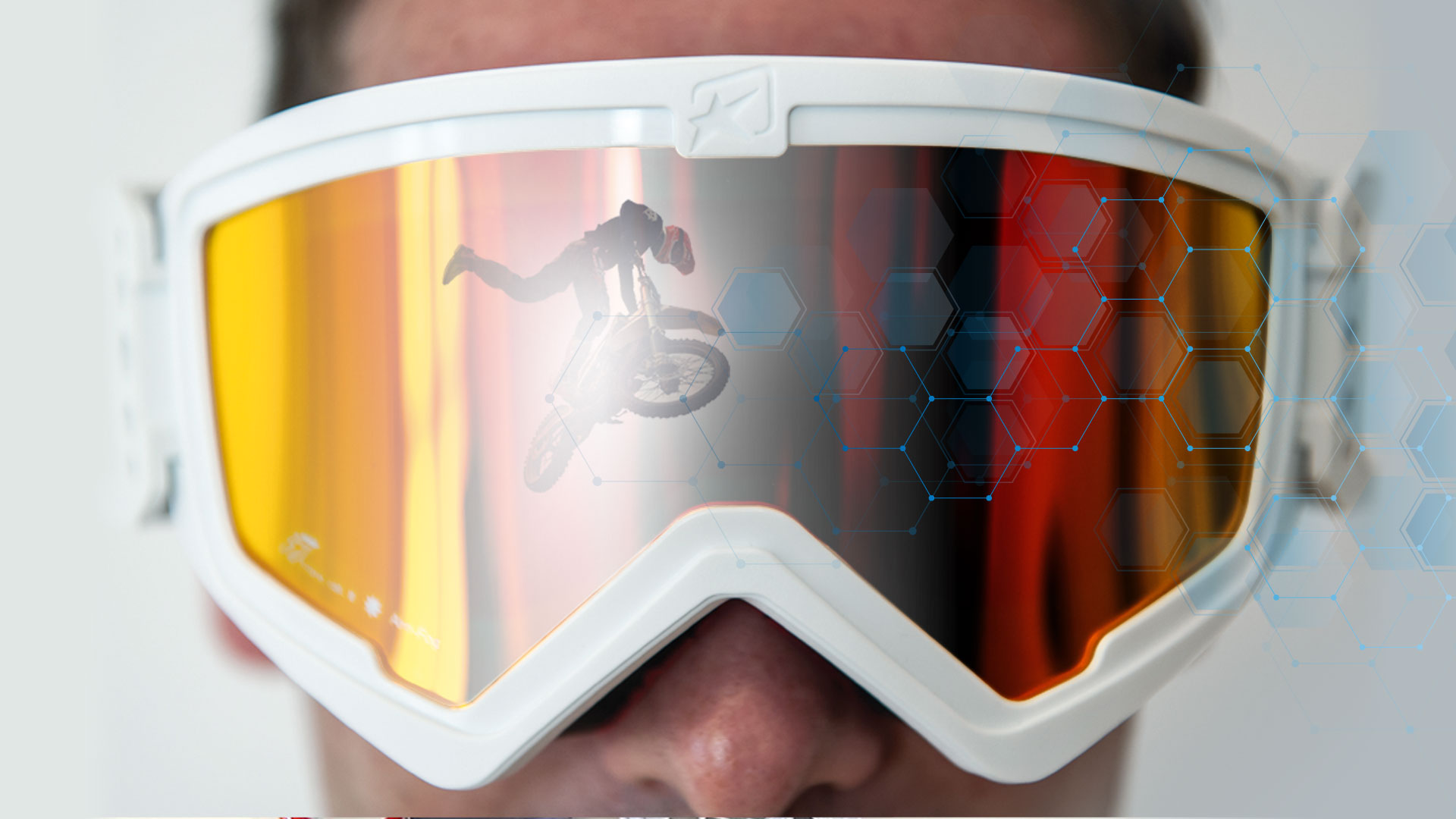 BANNER GOGGLE EXPERIENCE